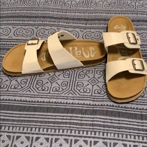 Mad Love Shoes - Footbed sandals